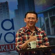 Perang Klaim Ahok dan Anies Soal Kartu Jakarta Lansia