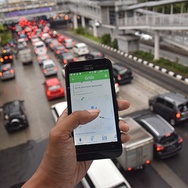 Untung Rugi Menjadi Sopir Taksi Online