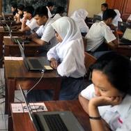 Pemegang KJP akan Terima Uang Tunai untuk Persiapan Kuliah