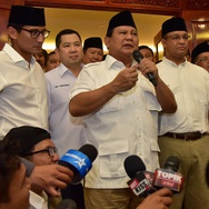 Prabowo dan Hary Tanoe Hadiri Puncak Milad PKS ke-19