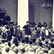Upaya Membumikan Indonesia Raya Tiga Stanza