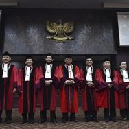 Jejak Empat Hakim MK yang Ajukan Dissenting Opinion Putusan LGBT