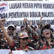 Saat Ribuan WNI Ingin Menjadi Warga Malaysia
