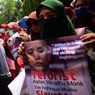 Rohingya: Membandingkan Respons Indonesia & Negara Lain