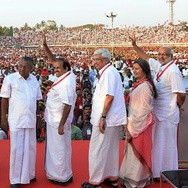 """Komunisme Gaya Baru"" ala Kerala"
