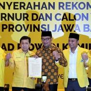 Peneliti SMRC: Formasi Ridwan Kamil-Daniel Bukan Pilihan Tepat
