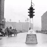 Lampu Lalu Lintas: dari London Lalu Menyebar ke Seluruh Dunia