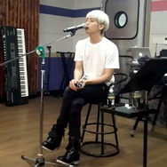 Vokalis Utama Boyband Korea SHINee's Jonghyun Meninggal Dunia