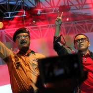 Para Kiai NU Pendukung Gus Ipul Pasrahkan Nasib Azwar Anas ke PDIP