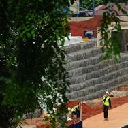 Proyek Pembangunan Apartemen Pakubuwono Spring