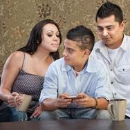 Orangtua Harus Memahami Privasi Digital Anak
