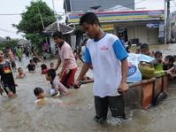 Banjir Melanda, Waspadai Penyakit Leptospirosis