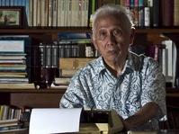 Koreksi terhadap Informasi J.S. Badudu Mengkritik Soeharto