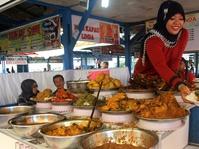 Selama Ramadan Restoran di Padang Diberi Label Khusus