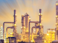 Saudi Pangkas Produksi, Harga Minyak Naik