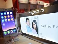 Ponsel Cina Mulai Menggerogoti Pasar Samsung dan Apple