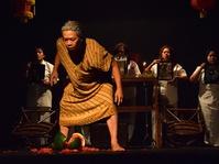 "Potret Keluarga Dalam Teater ""Jodar"""