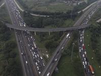 Puncak Mudik Tol Jakarta-Cikampek Diprediksikan H-2 Lebaran