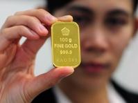Mendulang Pajak dari Para Pembeli Emas