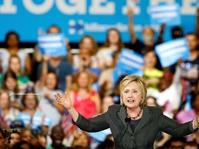 Film Dokumenter Hillary's America Dianugerahi Film Terburuk