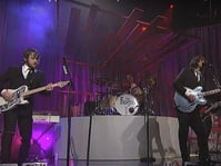 Dave Grohl & Foo Fighters yang Moncer Selepas Band Lama