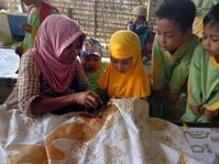 Pasar Batik Ramai, Tapi Bahaya Laten Mengintai