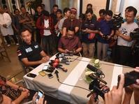 Kampanye Perdana, Agus Yudhoyono Diskusi dengan Media