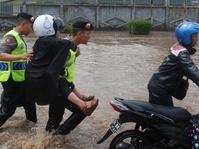 Kawasan Stasiun Bandung Terendam Banjir