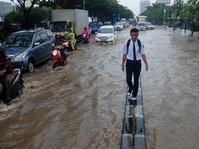 Jalur Vital Bandung-Garut Kembali Banjir