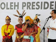 Jurus Cepat Bagi-bagi Sertifikat Tanah Ala Jokowi