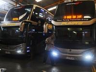 Ramai-Ramai Menghadirkan Bus Tingkat Mewah