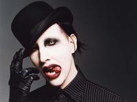 Marilyn Manson Dibawa ke RS Usai Kecelakaan Saat Konser