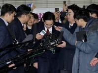 Samsung yang Tak Jatuh oleh Skandal