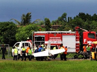 Pesawat Latih Gagal Mendarat dan Terbakar di Banyuwangi