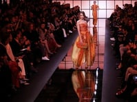 Haute Couture atau Adibusana yang Tak Dipahami Orang Awam