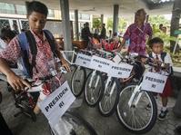 """Jokowi Sebagai """"Marketer"""" Sepeda"""