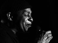 Obituari Untuk Maestro Scat-Singing