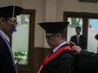 Kemristekdikti Sebut Indonesia Kekurangan Guru Besar