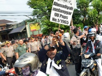 Tekanan Kelompok Intoleran Memicu Represi Pada Ahmadiyah