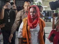 KPK Temukan Sumber Dana Lain Di Korupsi Bupati Klaten