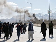 Gerilyawan Taliban Serang Markas Tentara AS di Afghanistan