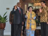 Didampingi Ahok, Megawati Sambut Presiden Afrika Selatan