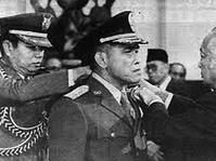 Benarkah Soeharto Memusuhi Islam dan Mengapa Ia Berubah?