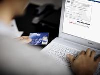 Polda Jatim Tangkap Sindikat Pembobol Kartu Kredit