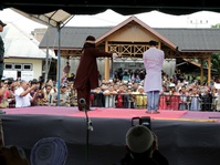 Langgar Syariah, Pria Gay di Aceh Dihukum Cambuk 85 Kali