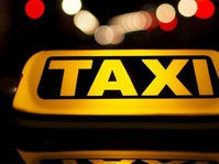 Hipmi Minta Kemenhub Tak Persulit Keberadaan Taksi Online