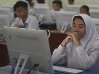 UN SMP/Mts Diikuti 4,2 Juta Siswa Seluruh Indonesia
