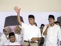 Anies-Sandi Baca Puisi Taufik Ismail di Milad PKS ke-19