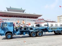 Cina Larang Impor Besi dari Korut dan Mulai Peringatkan AS