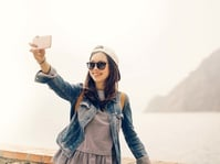 Bagian Kiri Wajah Adalah Sudut Selfie Terbaik
